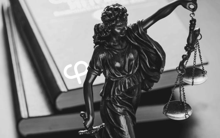 Выиграли суды у Центробанка и ФНС, чтобы ликвидировать компанию без банкротства. Сэкономили клиенту 7,7 млн рублей